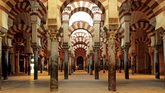 El viajero podrá disfrutar de un legado cultural inmenso y...