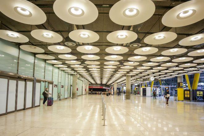 Pasillos de la Terminal 4 del Aeropuerto Adolfo Suárez-Madrid Barajas.