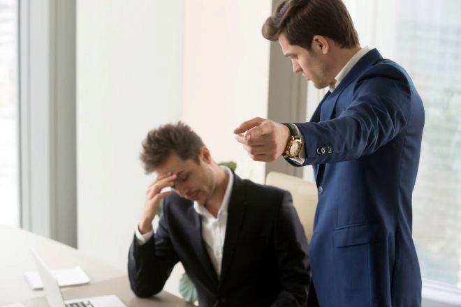 Despedir a un socio con sueldo fijo puede ser improcedente