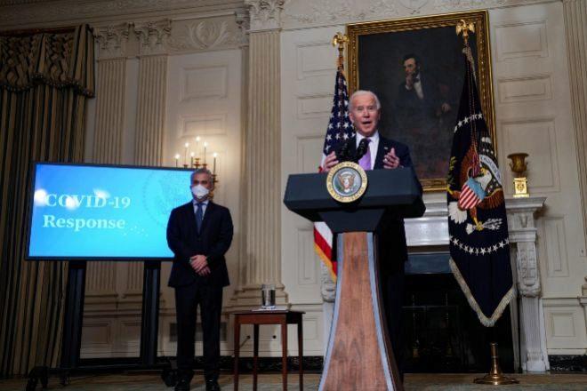 Los 'traders' de Reddit hacen temblar a Wall Street y Biden y Putin hablan por teléfono