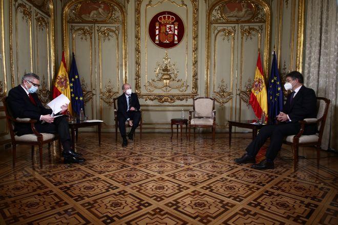 Gallardón y Catalá avalan que fiscal instruya, pero piden más independencia