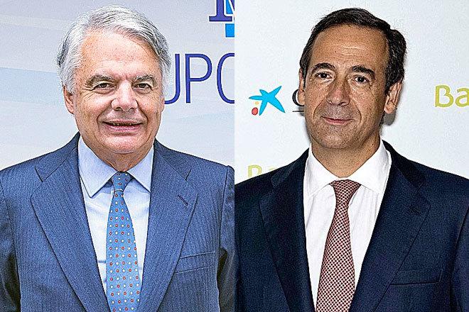 Ignacio Garralda, presidente de Grupo Mutua Madrileña (izquierda) y Gonzalo Gortázar, consejero delegado de CaixaBank.
