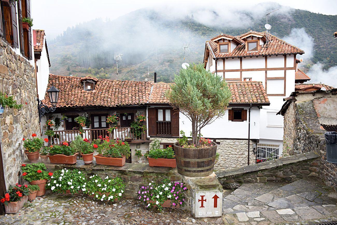 En plenos Picos de Europa, encontraremos el siguiente punto de la...