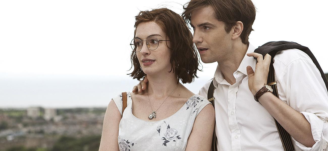 Emma (Anne Hathaway) y Dexter (Jim Sturgess) se conocen el día de su...