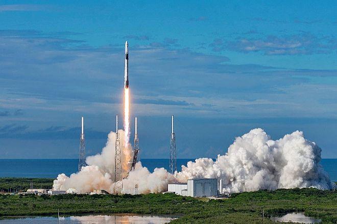 La Nasa y la empresa privada. El pasado año, una nave de SpaceX se utilizó para enviar a cuatro astronautas de la Nasa a la Estación Espacial Internacional. Era la primera colaboración de la Nasa con la empresa de Elon Musk.