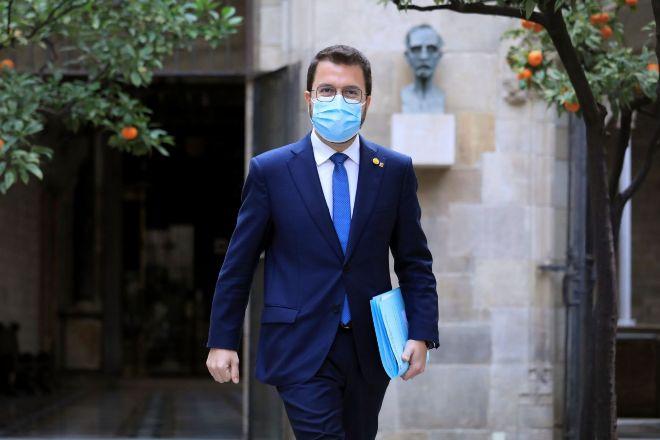 Pere Aragonès, justo antes de entrar en la reunión semanal del Consell Executiu, que se ha celebrado este martes en el Palau de la Generalitat.
