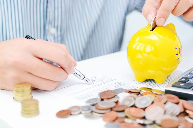 Inverco prevé que las aportaciones a planes de pensiones caigan un 30% este año