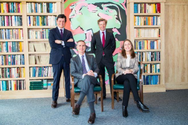 Santiago Eguidazu, presidente de Alantra y Patricia Pascual, COO de Alantra (abajo) y Tasio del Castaño y Alejandro Sarrate, fundadores de MCH IS.