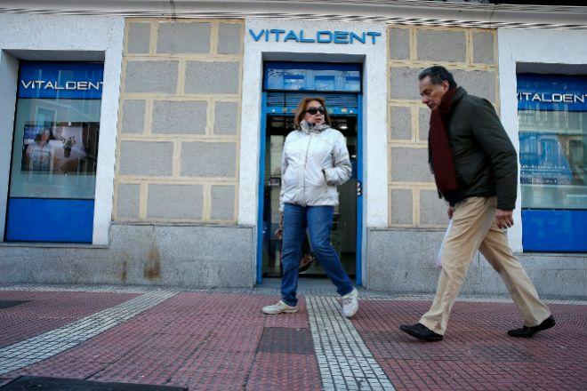 El dueño de Vitaldent ha cerrado la compra de Dentix por 62 millones.