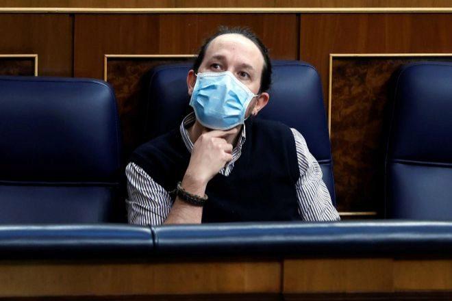 El vicepresidente segundo y ministro de Derechos Sociales y Agenda 2030, Pablo Iglesias, durante una sesión de control al Gobierno en el Congreso de los Diputados.