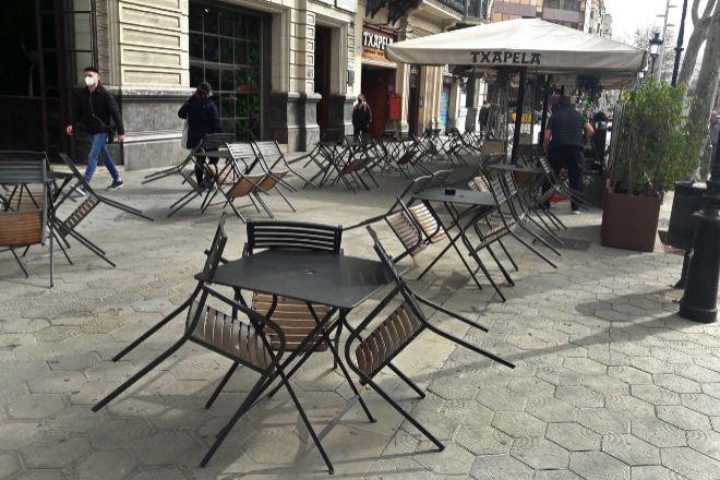 Terraza en el Paseo de Gracia de Barcelona afectada por las restricciones para contener el Covid-19.