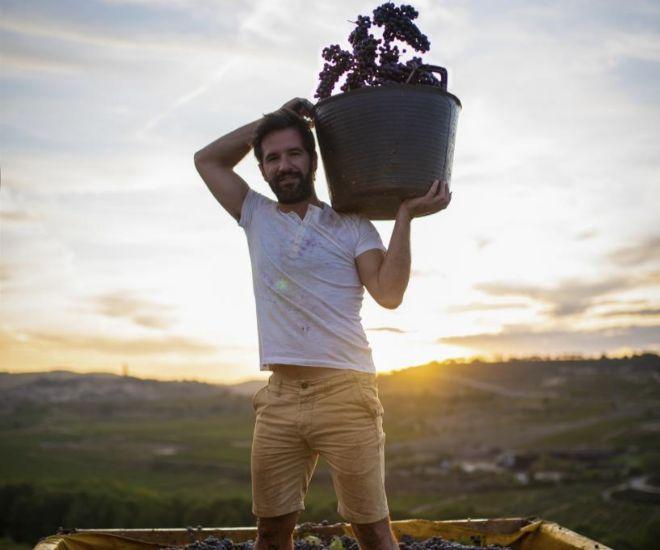 Richi Arambarri está al frente de Vintae, una empresa formada por un catálogo de referencias que integra 14 zonas vinícolas de España.