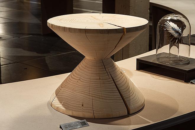 Pieza de madera del estudio madrileño Siete Formas.