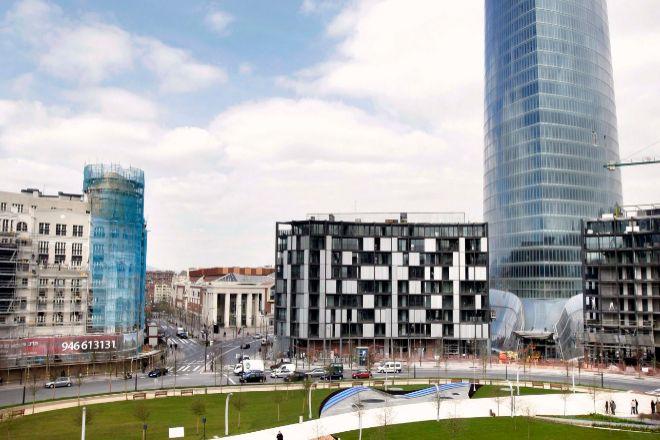 Vista de la Plaza Euskadi, en Bilbao, en el tercer puesto por carestía de vivienda en Euskadi.