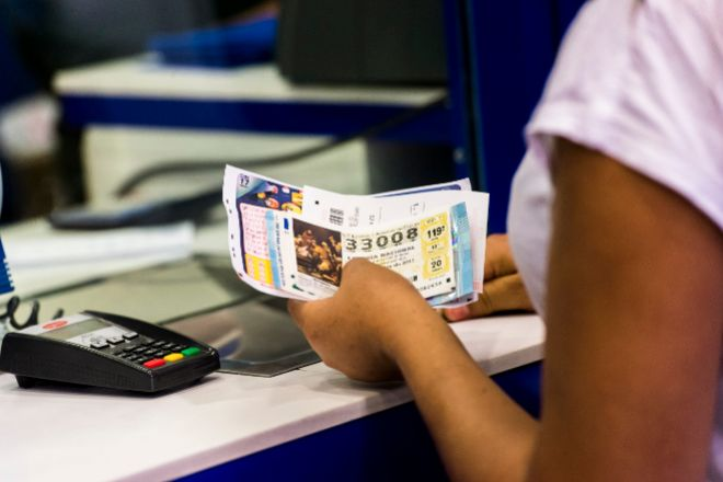 Condenada una lotera por quedarse 926.000 euros de la recaudación de su puesto