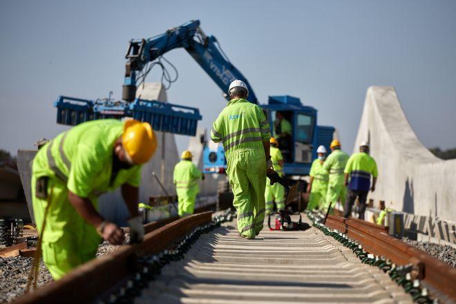 El AVE y las cercanías acaparan la mitad de las inversiones previstas por el Ministerio de Transportes en 2021 con cargo al 'Next Generation'.