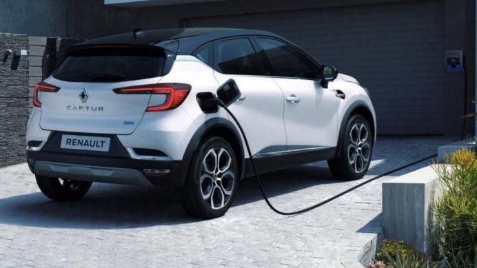 El Renault Captur híbrido enchufable se fabrica en Valladolid.