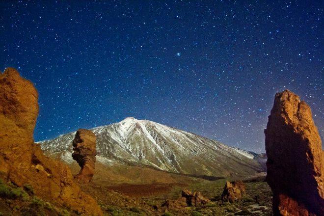 Noche estrellada en el Parque Nacional del Teide.