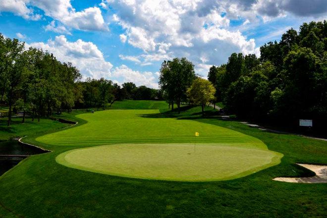 Muirfield Village es uno de los campos más icónicos de Jack Nicklaus, que recupera en este complejo de Ohio el espíritu del golf escocés, que revive cada año en el Memorial Tournament. Nicklaus, además, firma en España el campo de La Moraleja, el más grande del país.