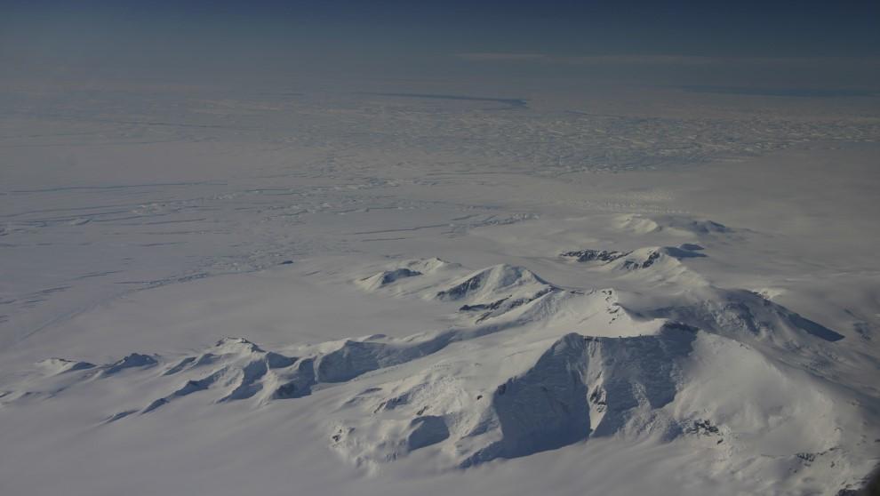 Glaciares en la Antártida vistos por la misión de la NASA...
