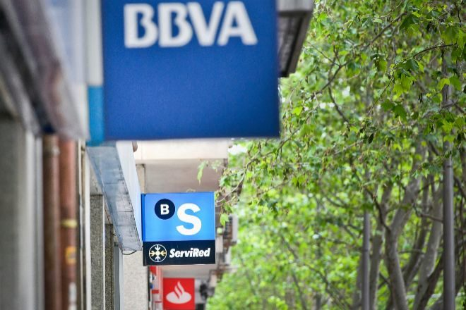 La banca se toma un respiro en Bolsa: ¿Vienen más subidas o una corrección?