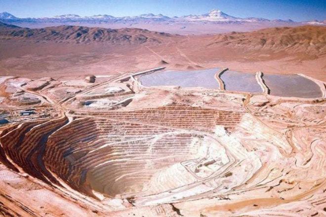 Goldman cree que el peso chileno subirá gracias a las exportaciones de sus minas de cobre.
