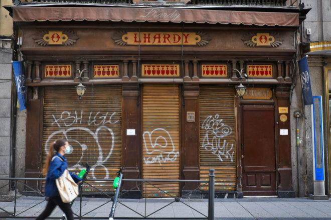 Imagen de ayer de la fachada de Lhardy.