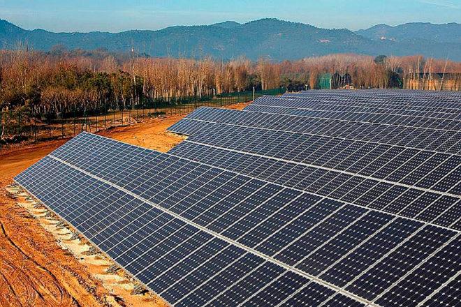 Las energías renovables, incluidos los proyectos eólicos, solares y de baterías, ya interesan a quienes buscan combatir el cambio climático.