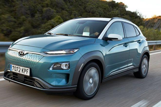 La versión eléctrica básica del Hyundai Kona tiene 136 CV y 305 km de rango entre recargas. Disponible por 35.650 euros.