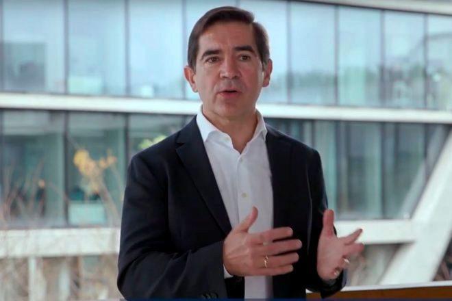 Carlos Torres.