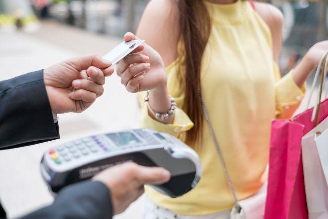 Kutxabank apuesta por las tarjetas de crédito sostenibles