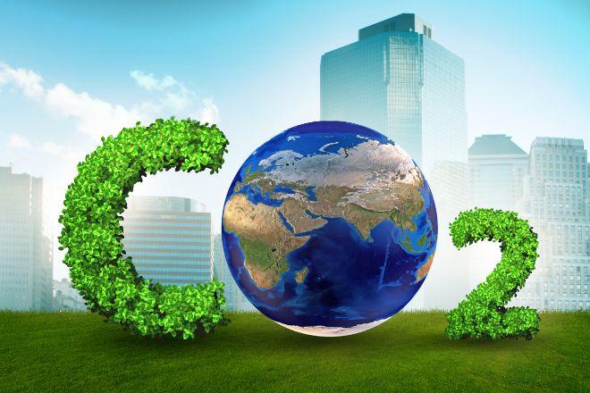Las empresas se comprometen a reducir las emisiones de CO2 a la atmósfera.