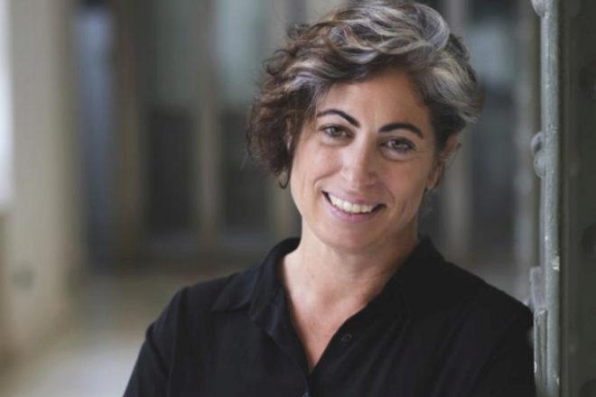 Cristina Aranda, consultora de digitalización e inteligencia artificial y cofundadora de MujeresTech, tiene experiencia en la contratación y adaptación de estos perfiles en el mundo laboral real.