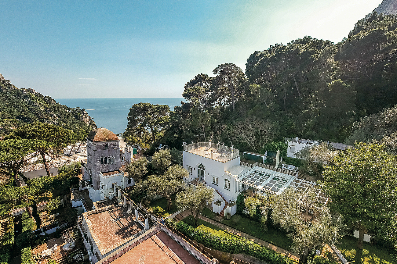 La villa forma parte de la residencia histórica I Quattro Venti,...