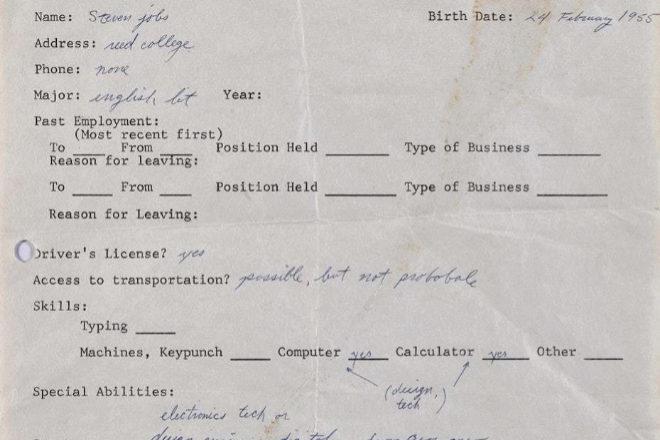 Detalle de la solicitud de empleo que Steve Jobs rellenó en 1973 para aplicar a un trabajo en el Reed College de Portland, y que un emprendedor inglés que prefirió conservar el anonimato adquirió en una subasta en marzo de 2018 por 174.757 dólares.
