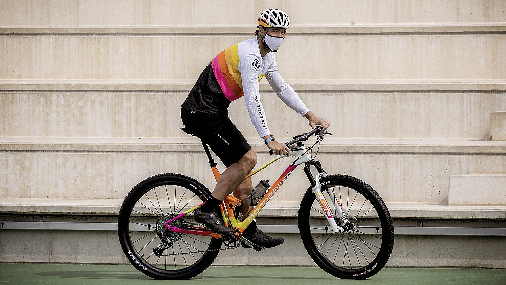 Rafa Nadal estrena bici, una Mondraker F-Podium DC RR personalizada