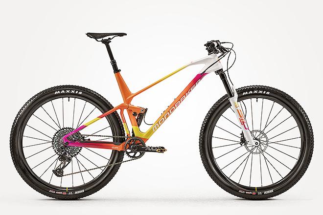 La F-Podium es la bici más emblemática de Mondraker y tiene un precio de 7.999 euros (la convencional no personalizada).