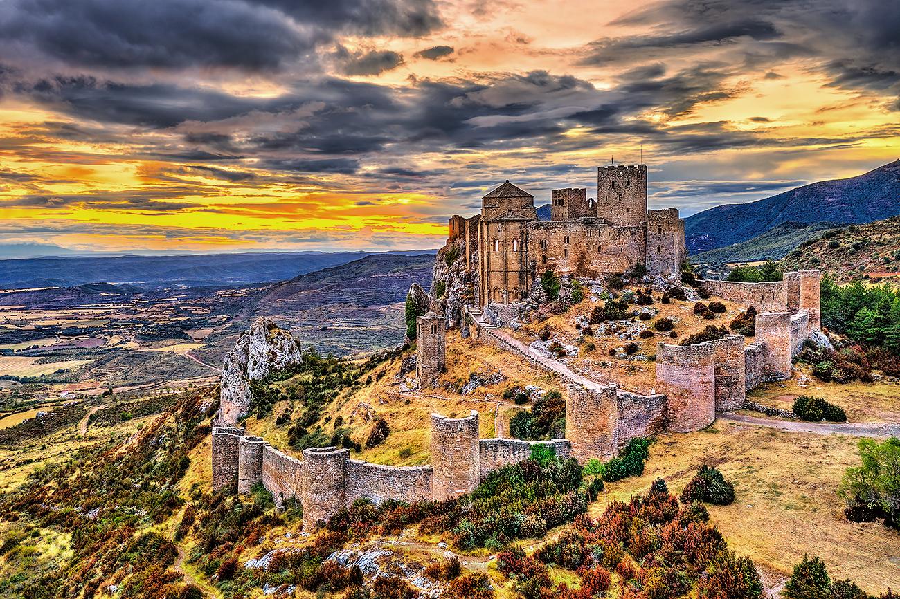 Este castillo abadía medieval levantado en el siglo XI está...