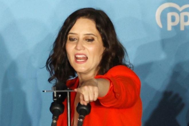 Isabel Díaz Ayuso celebra su victoria en las elecciones madrileñas.