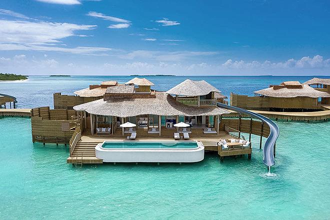 Una de las cabañas de lujo del Soneva Jani Resort.