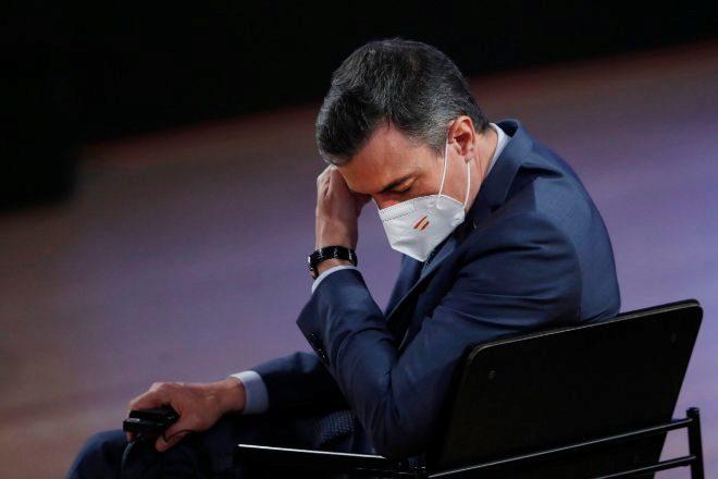 El presidente del Gobierno, Pedro Sánchez, ayer durante la cumbre de líderes europeos celebrada en Oporto (Portugal).