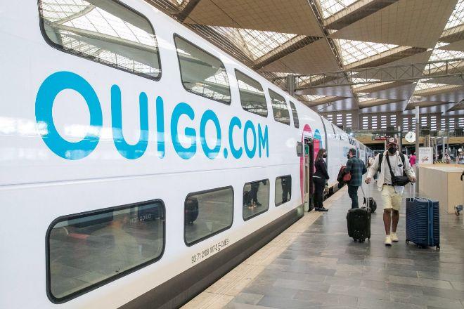 Trenes de Ouigo en la estación de Atocha de Madrid.