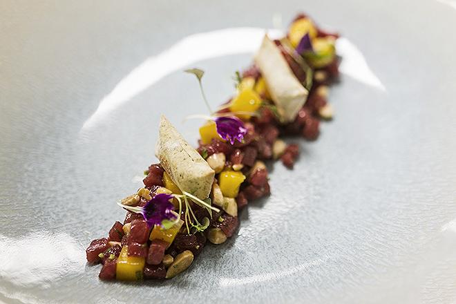 Tartar de atún rojo con salsa kimchy, una de las especialidades del restaurante Txoko, incluida en el pícnic.