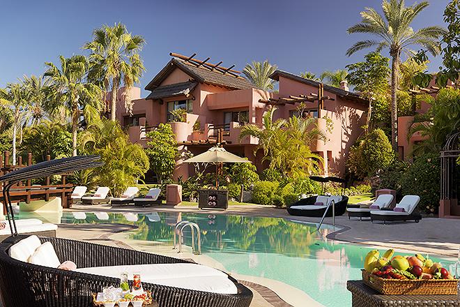 Vista de las villas desde la piscina.
