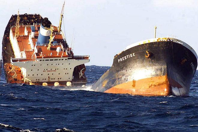 El 'Prestige' se hundió en 2002 frente a las costas de Galicia.
