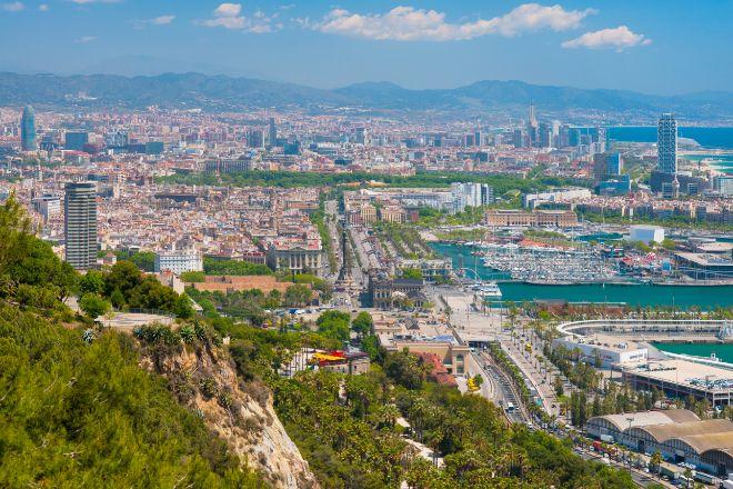 Panorámica de Barcelona desde la montaña de Montjuïc.