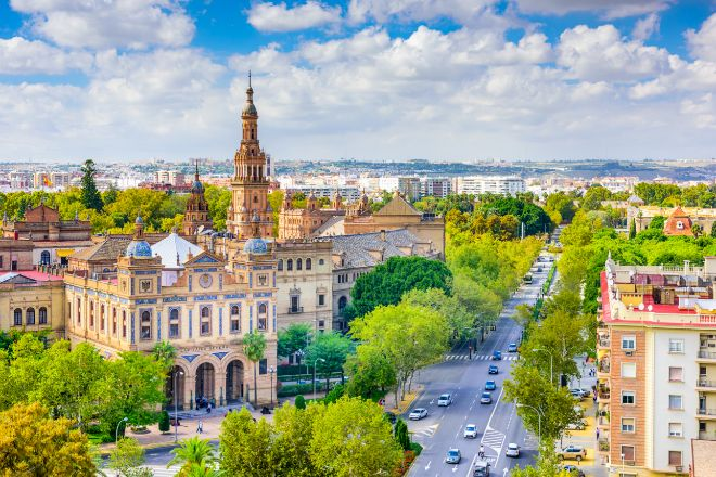 Vista de la ciudad de Sevilla. Plaza de España.