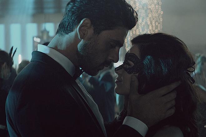 Morrone y Sleklucka, en una escena del filme.