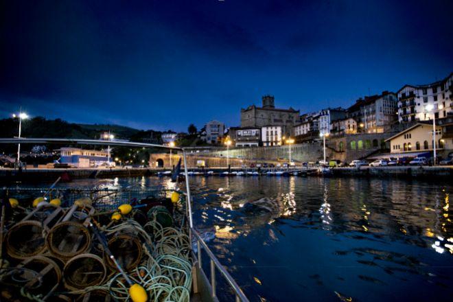Puerto de Getaria, donde nació el marinero Juan Sebastián Elcano.