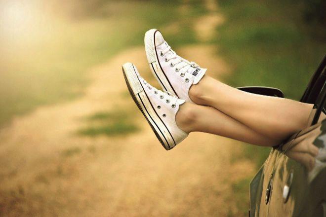 Las Converse de corte bajo son una de las oportunidades más buscadas en calzado de verano